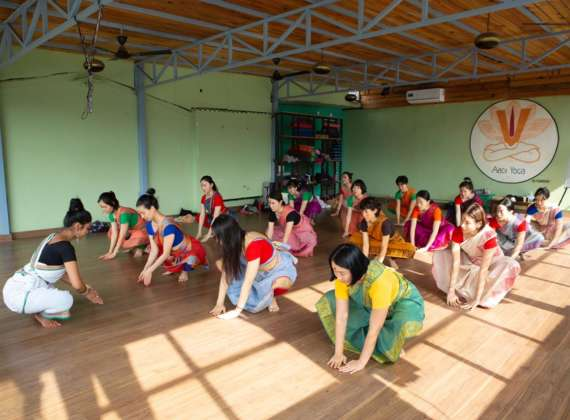Yoga Drop in classes in Rishikesh India