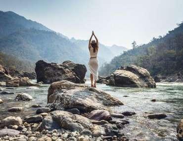 yoga in rishikesh - best yoga school India